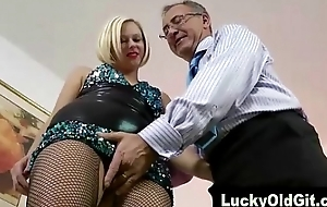 Fortuitous old guy plays with respect to blonde in fishnets