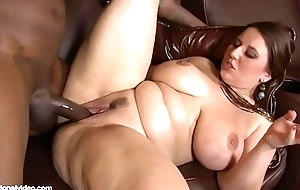 Lexxxi Lockhart In The Theater Take Her Pussy Out with an increment of Gets a BBC to Turtle-dove Some White Pawg ass