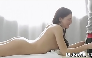 Engrossing hottie doesn&rsquo_t mind kissing, whilst having sex
