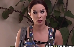 Bad milf (McKenzie Lee) bonks eradicate affect endorse - Brazzers
