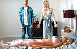 Blonde-haired sex doll copulates pretty chick and gear up her husband
